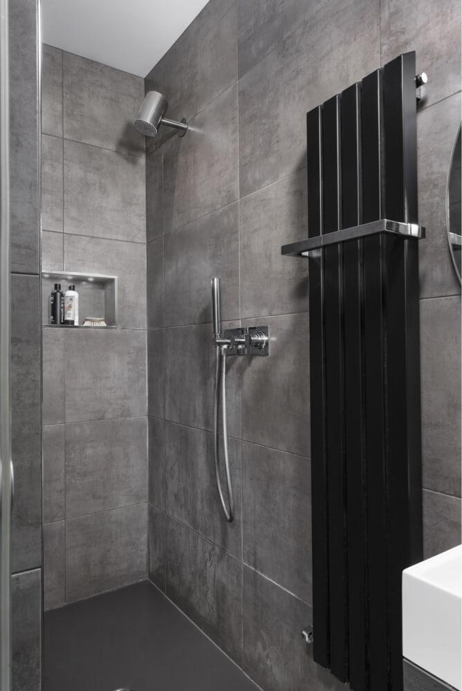 Chalke-shower
