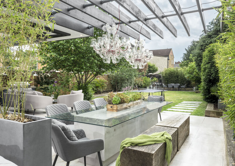 Chalke-terrace-pergola