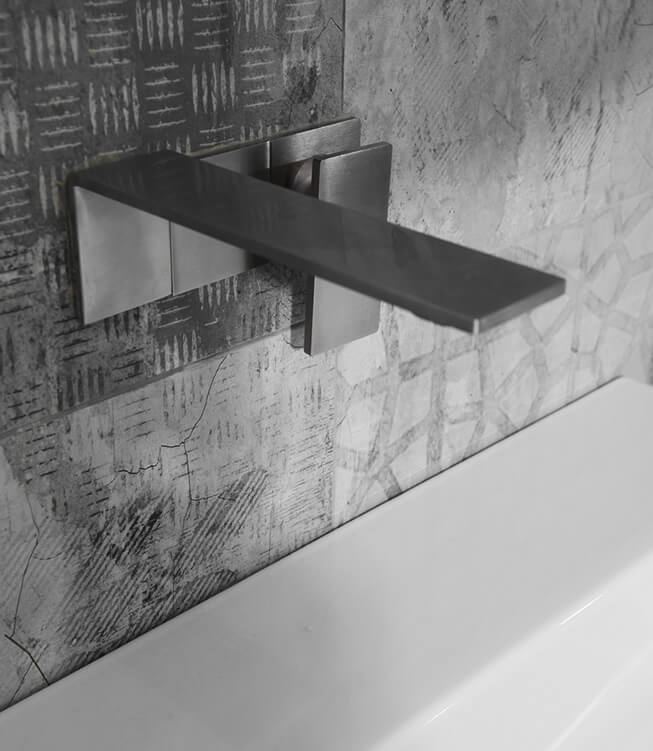 Dark grey sink